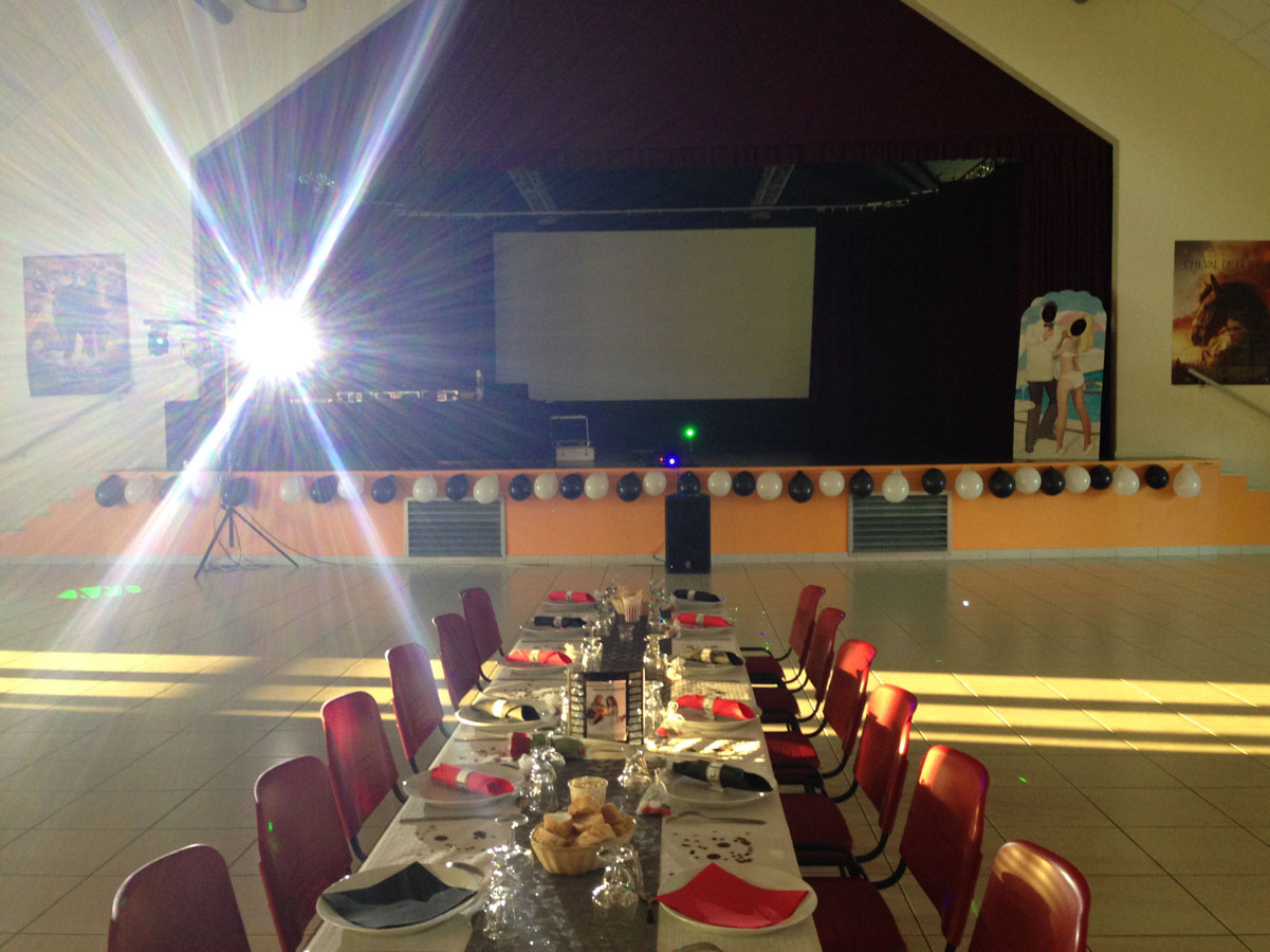 Salle des fêtes de Vezeronce le Diamantelle