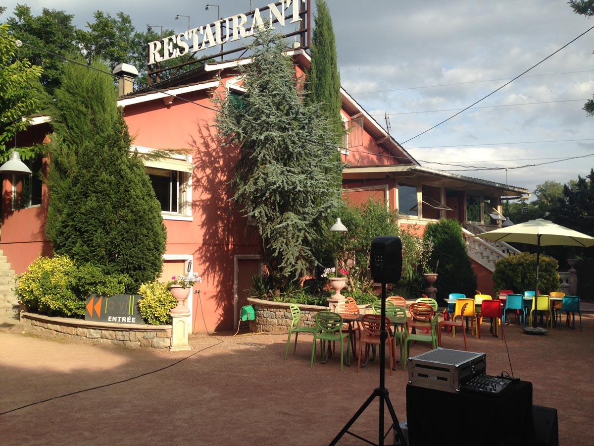 Restaurant la Villa Neyron Rilleux la Pape